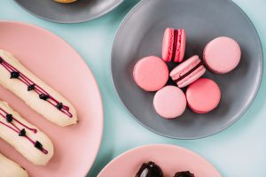 macarons, eclere