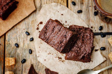 brownie din fasole neagra