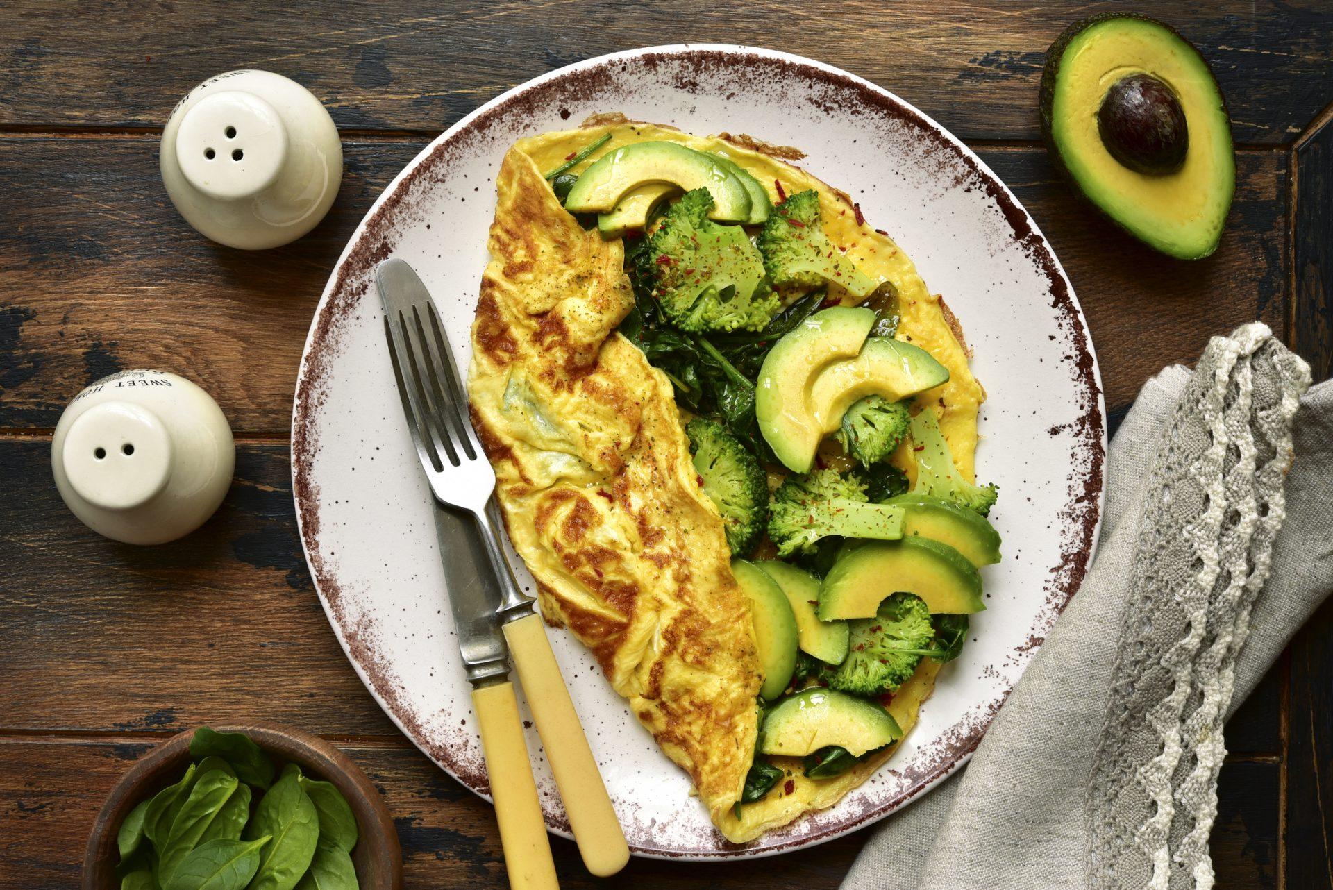 Omleta cu avocado