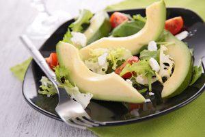 salata de avocado si ardei iute