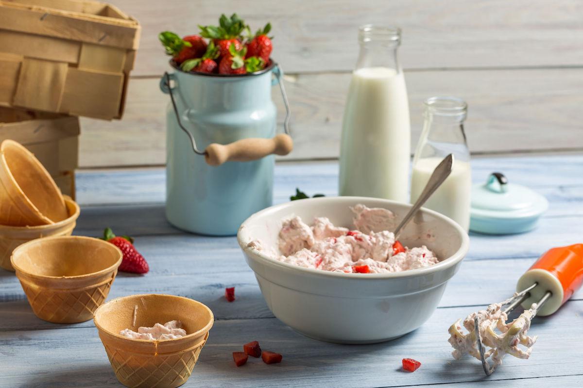 iaurt inghetat cu capsune