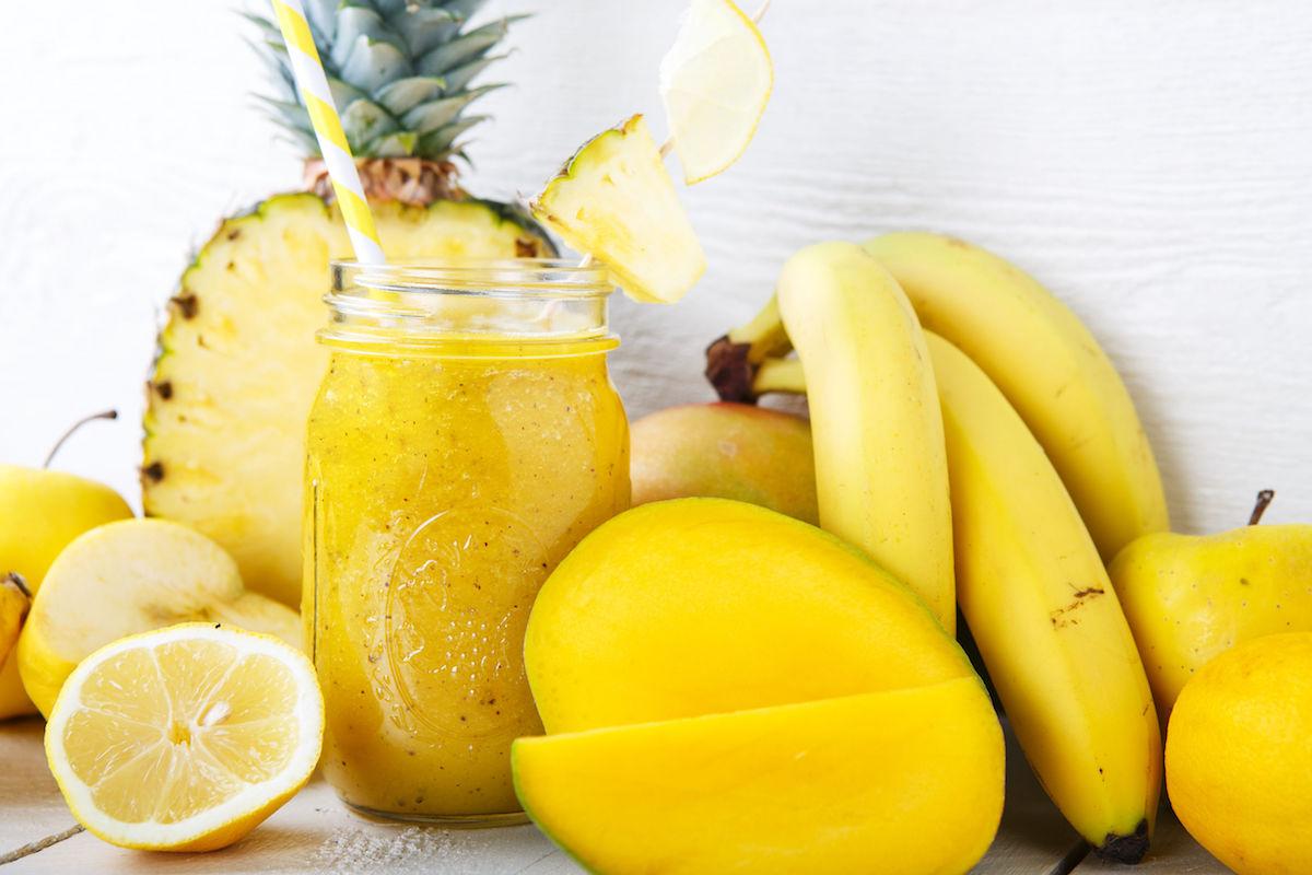smoothie cu mango si banane