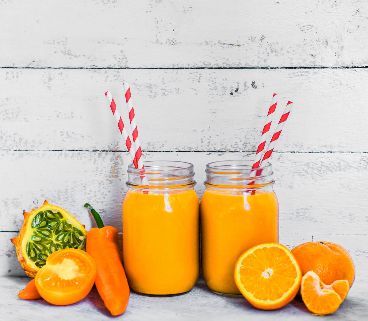 28533285 – orange smoothie
