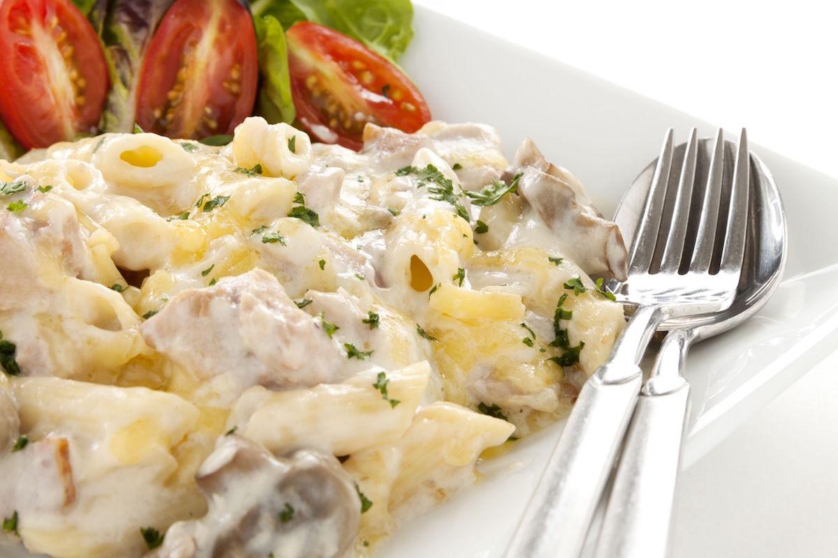 salata de paste cu ciuperci