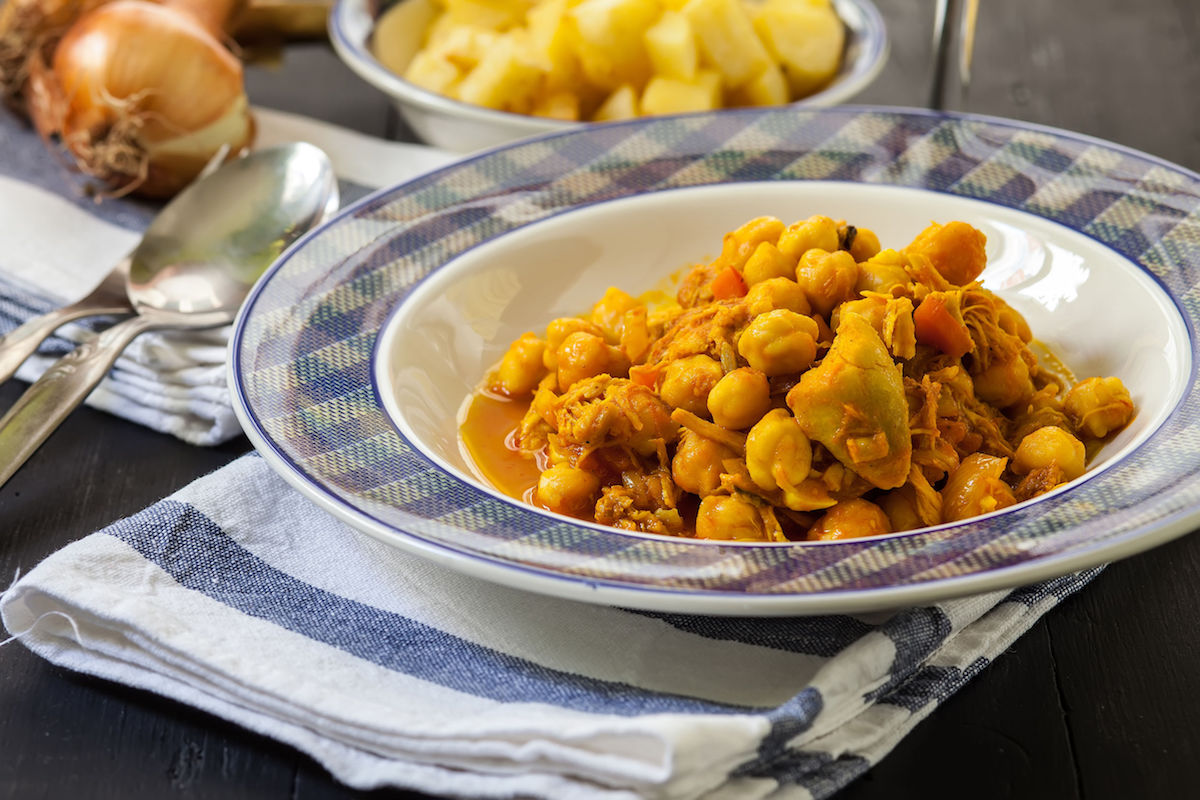 chicken with chickpea and spices cooked indian style