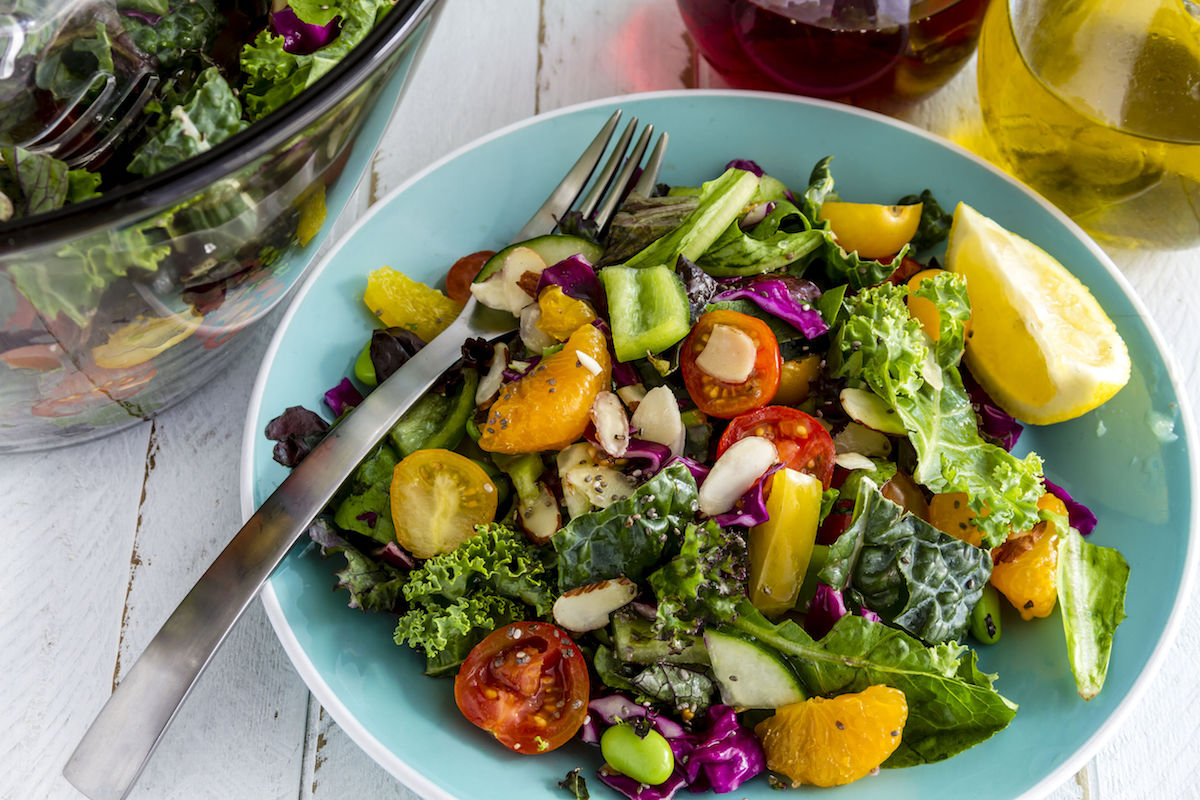 salata de vara cu rosii si morcovi