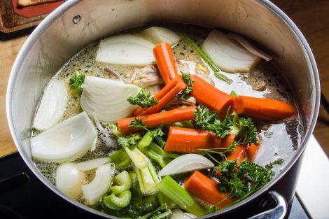 supa de legume asiatica