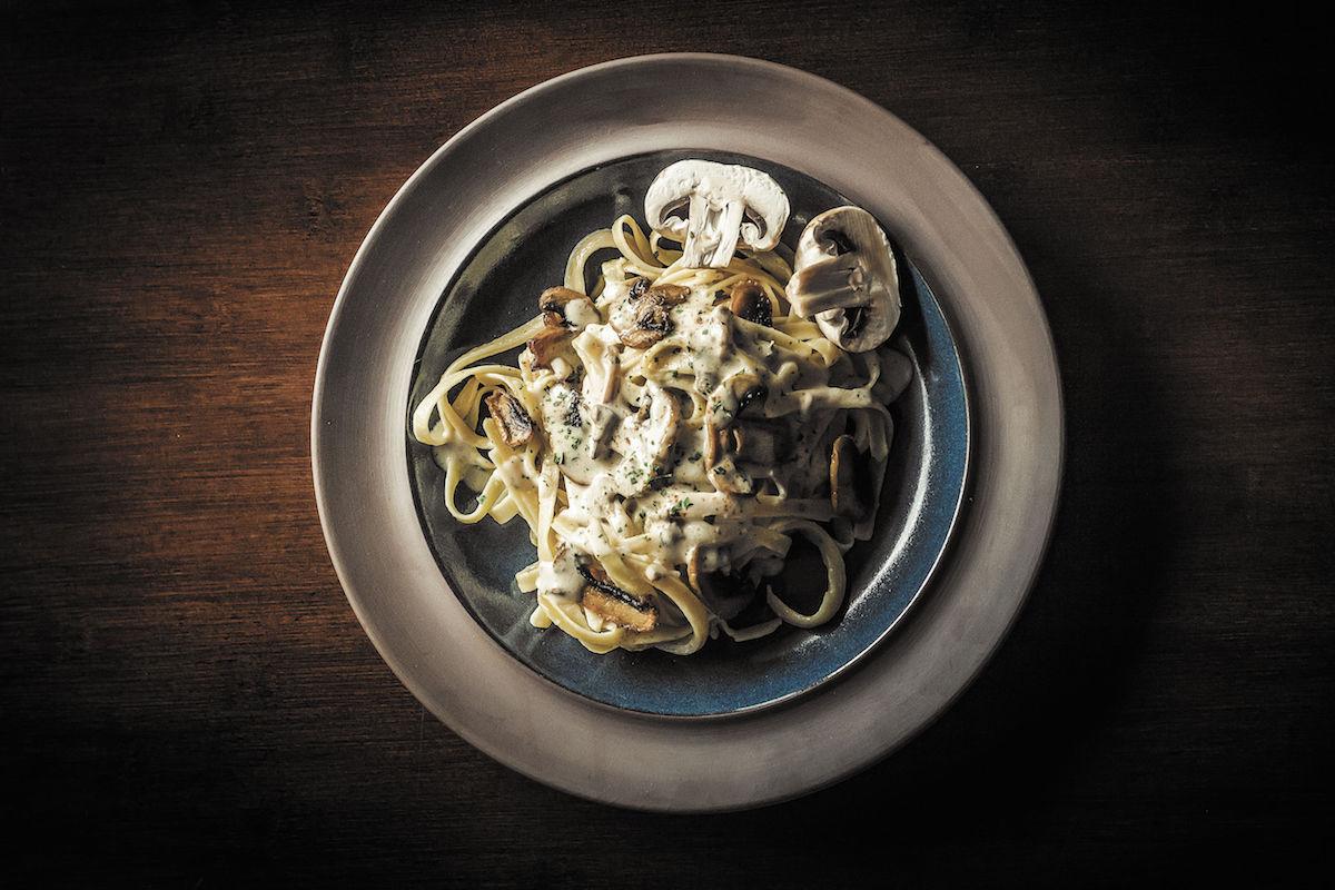 ciuperci stroganoff