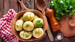 cartofi fierti cu patrunjel