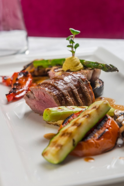 Muschi de vita la gratar maturat in ulei aromatizat by Chef Cezar Muntea…