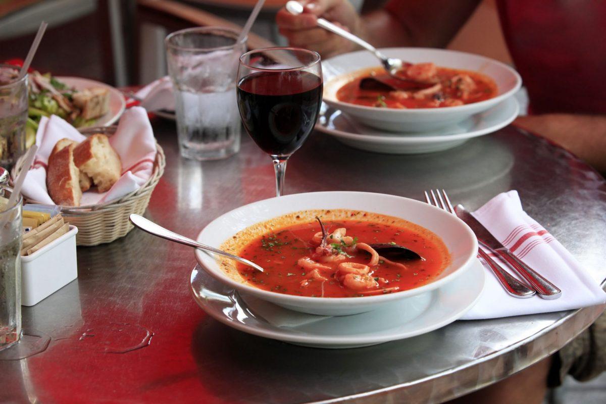 supa groasa de cod si rosii