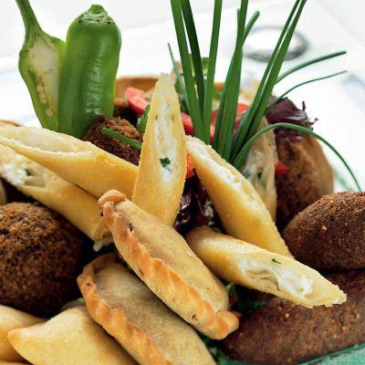 aperitive_libaneze_calde_400.jpg