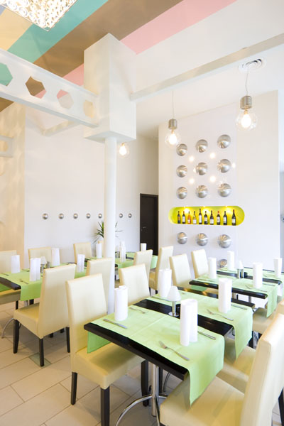 assets_clients_public_image_gallery-ro_restaurant_img_0143.jpg