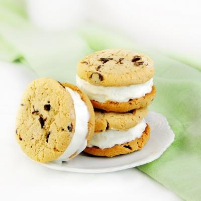 biscuiti_cu_chips_de_ciocolata_mica