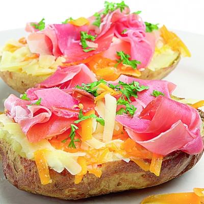 cartofi_copti_cu_prosciuto_mica.jpg