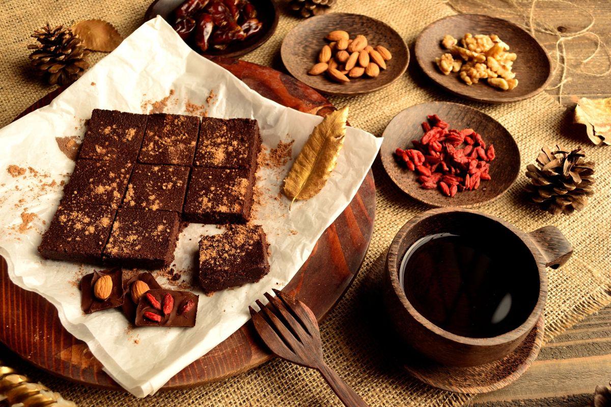ciocolata_raw.jpg
