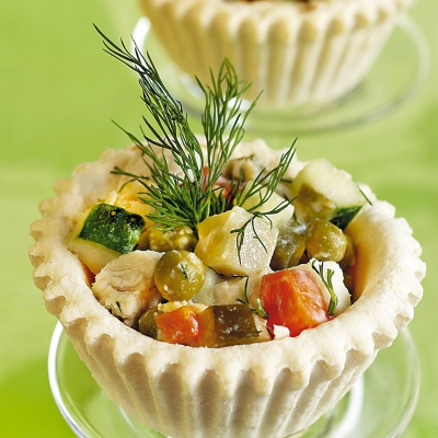 cosulete-cu-salata-de-peste400.jpg