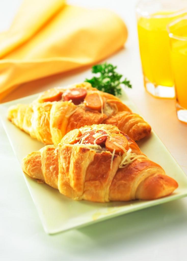 croissant_umplut_mare