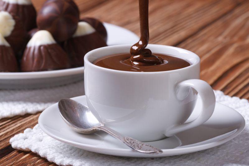 cum_sa_prepari_cea_mai_buna_ciocolata_calda