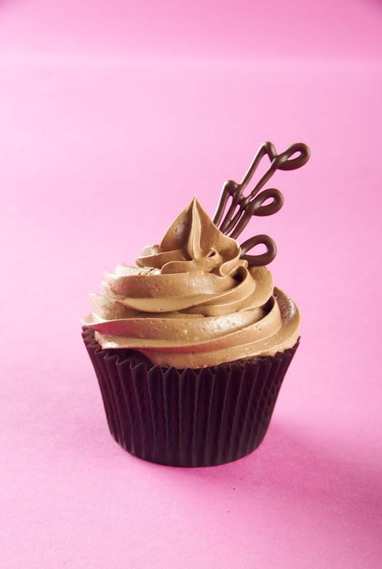 cupcakes_cu_ciocolata_gal.jpg