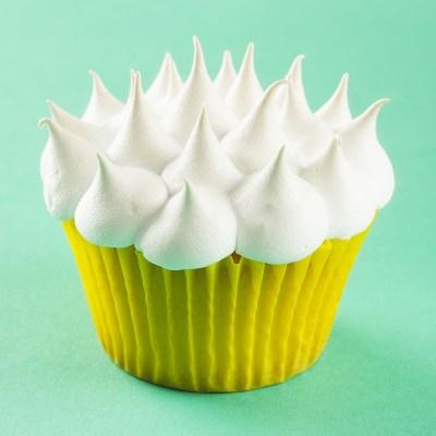 cupcakes_de_lamaie_cu_bezea_400