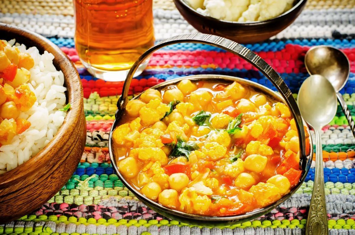 curry_cu_conopida_cartofi_si_naut