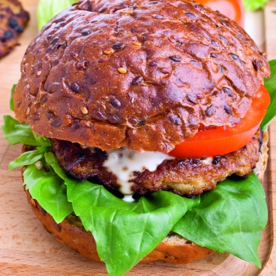 hamburger_cu_legume_mica.jpg