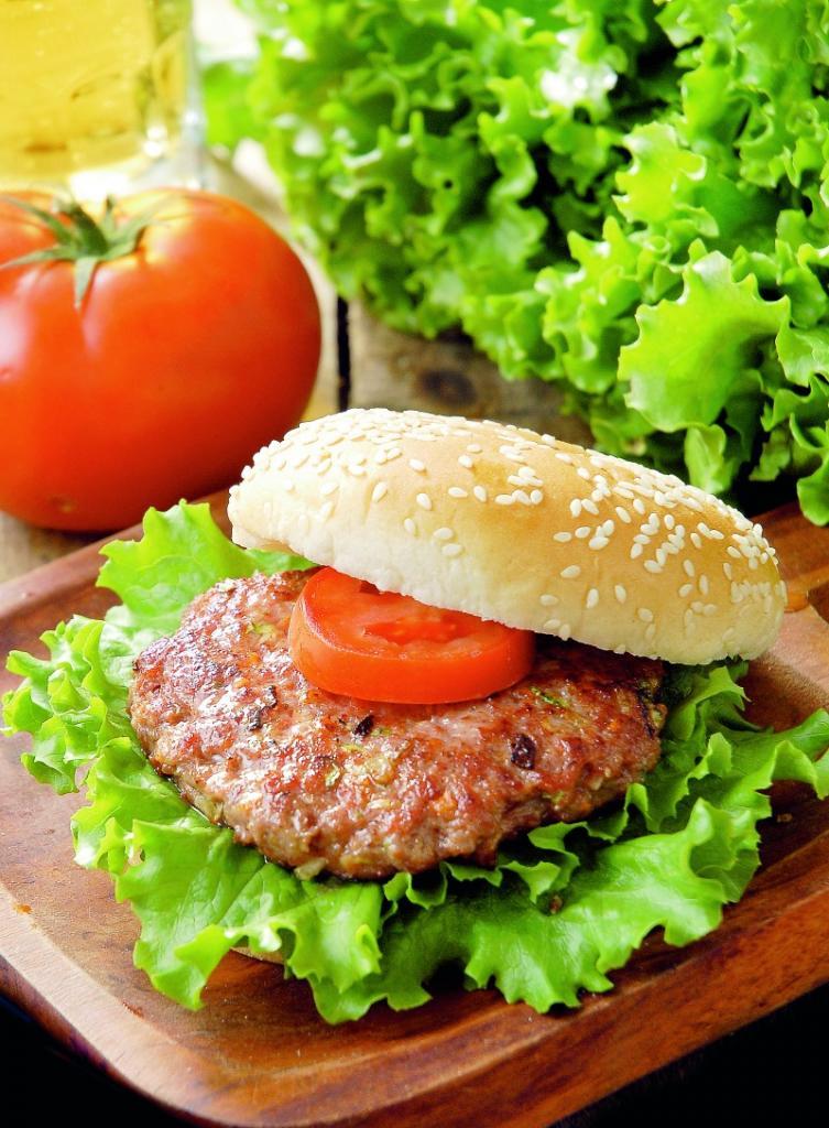 hamburgeri_cu_vita_mare