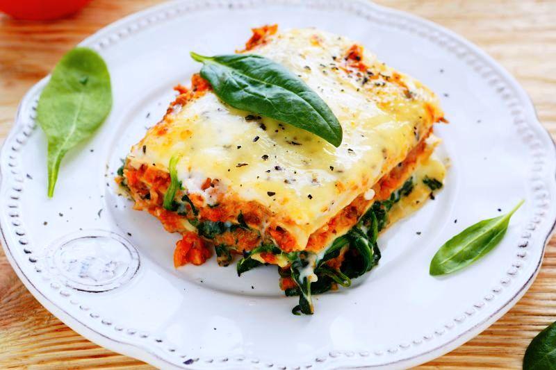 lasagna_cu_legume_fotolia_60425159_subscription_xl.jpg_c_olhaafanasieva_-_fotolia.com_mare.jpg