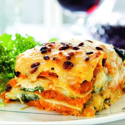 lasagna_cu_mozzarella_si_legume_mica