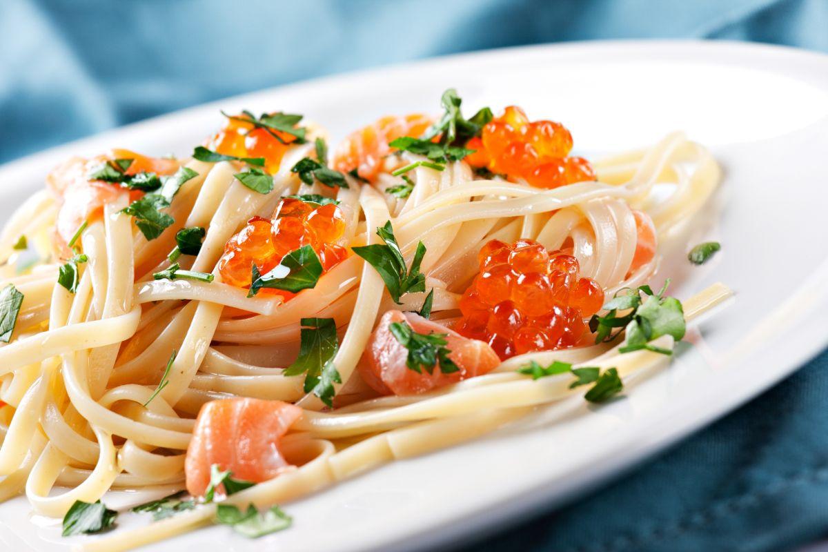 noodles_cu_somon
