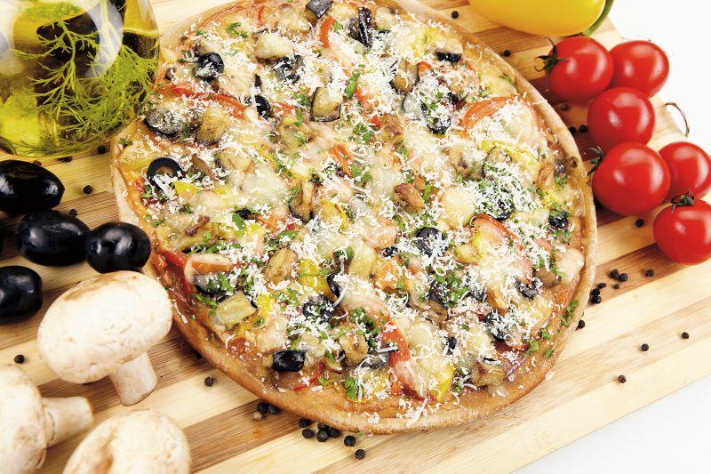 pizza_cu_legume_mare