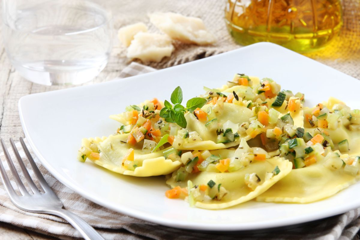 ravioli_cu_branza_zucchini_si_ardei