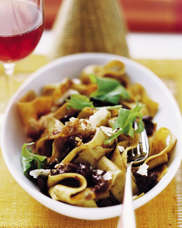 ribbon-pasta-with-duck-ragout_gal.jpg