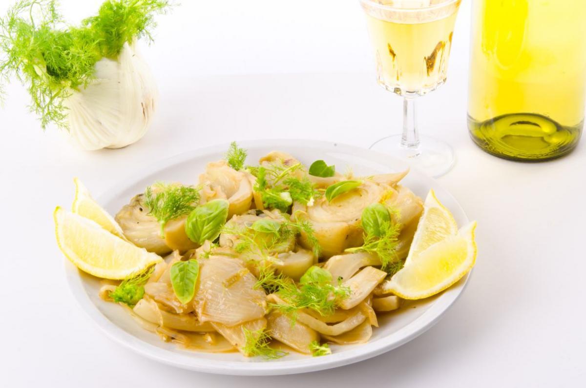 salada_cu_fenicul_pomelo