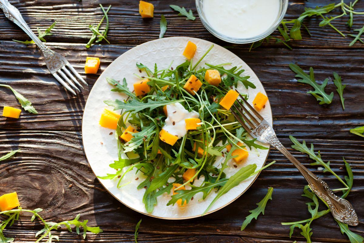 salat_cu_dovleac_rucola.jpg