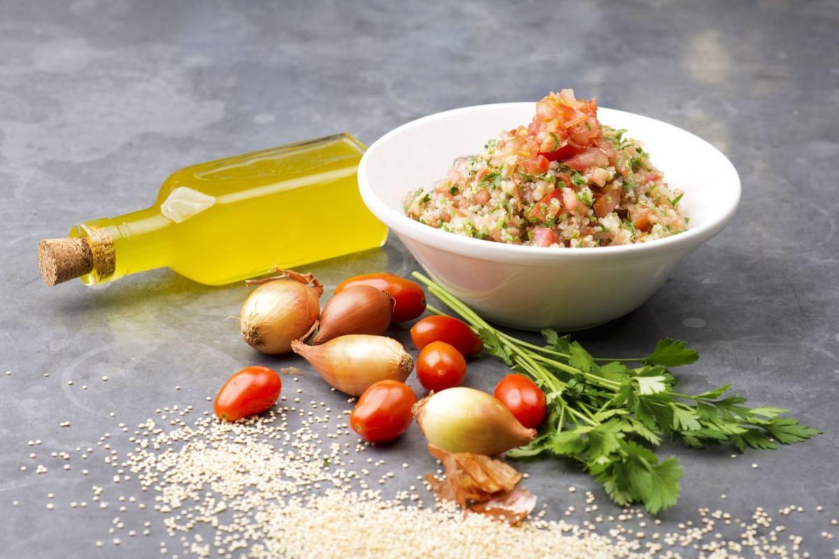 salata_picanta_de_ton_si_quinoa