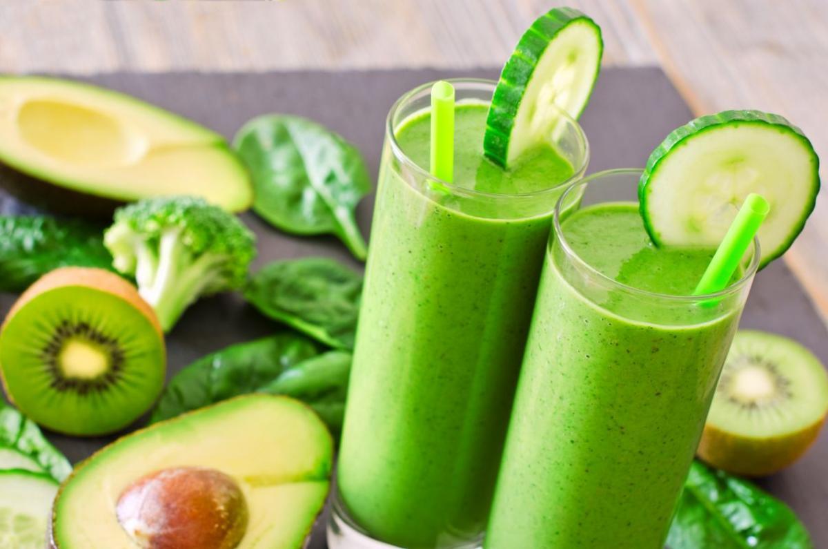 smoothie_avocado_spanac_lime.jpg