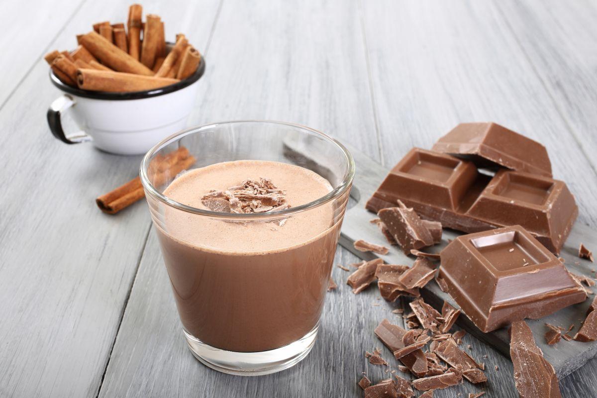 smoothie_cu_ciocolata_si_portocale