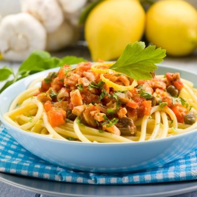 spaghete_cu_peste_si_legume_mica.jpg