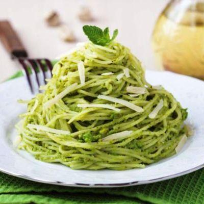 spaghete_cu_pesto_de_patrunjel_mi.jpg