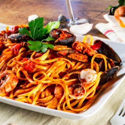 spaghete_cu_scoici_fotolia_58139553_subscription_xl.jpg_c_frinz_-_fotolia.com_mica.jpg
