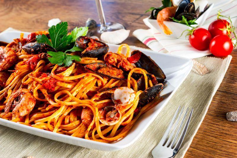 spaghete_cu_soici_fotolia_58139553_subscription_xl.jpg_c_frinz_-_fotolia.com_mare.jpg