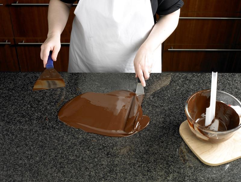 tort_de_ciocolata_cu_fundite_6.jpg