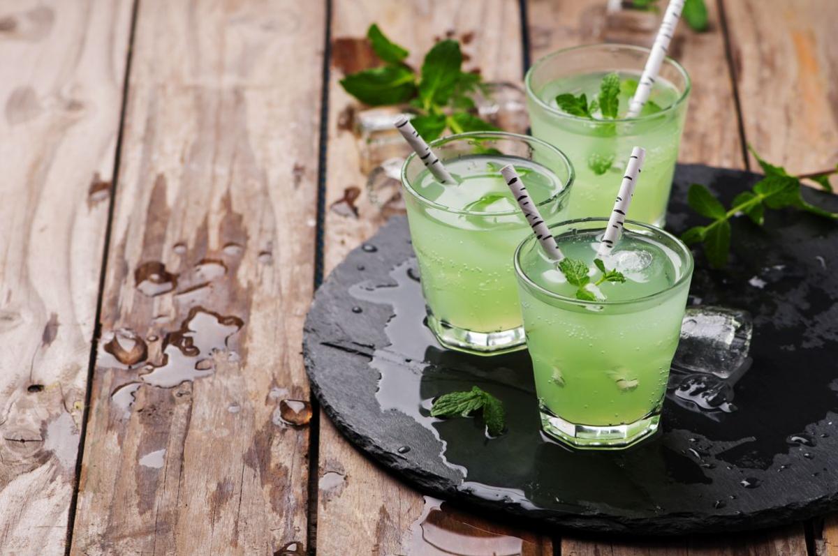 vodka_si_pepene_galben.jpg
